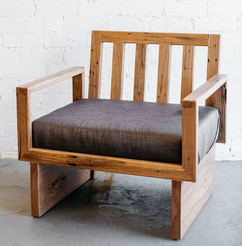 House_of_Alpine_AsTimbermill_CustomWoodFurnitureUpholsteredSeat