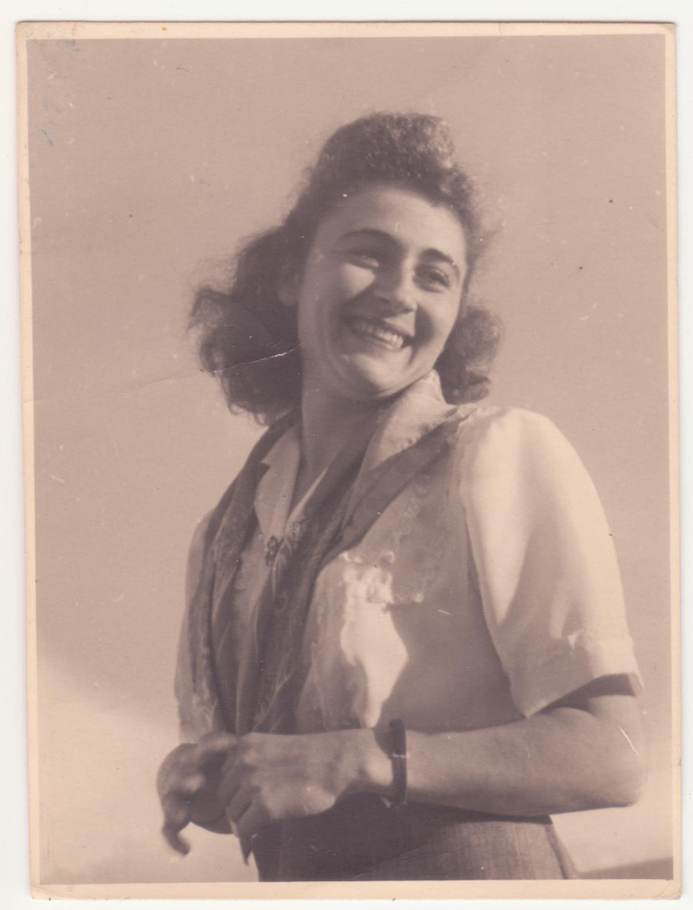 Hilda Dormont born in 1926, pictured here in Tel Aviv.