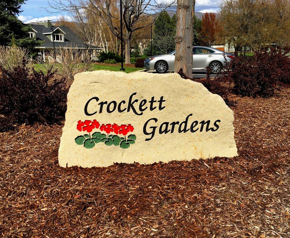 Crockett Gardens.JPG