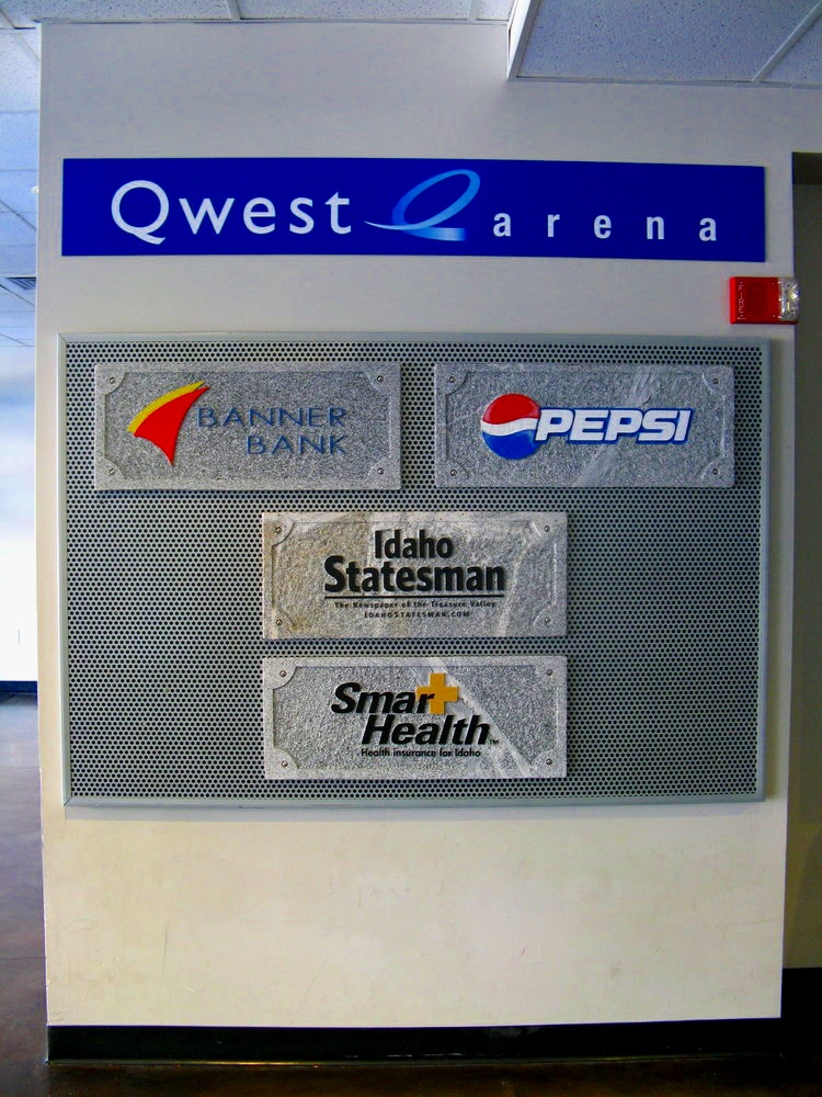 Business Entrance Signs