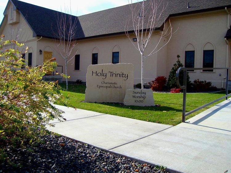 Holy Trinity Episcopal Church.jpg