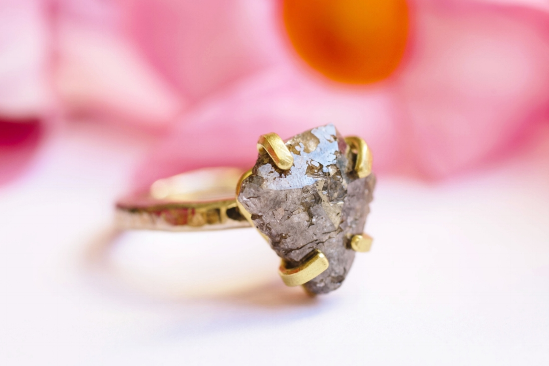 Gray Cliffs | Rustic Gray Diamond Hammered Gold Engagement — Melissa ...