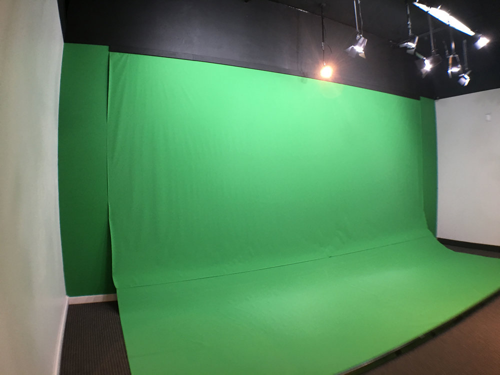 The green screen is 20'x10'x10' and pre-lit.