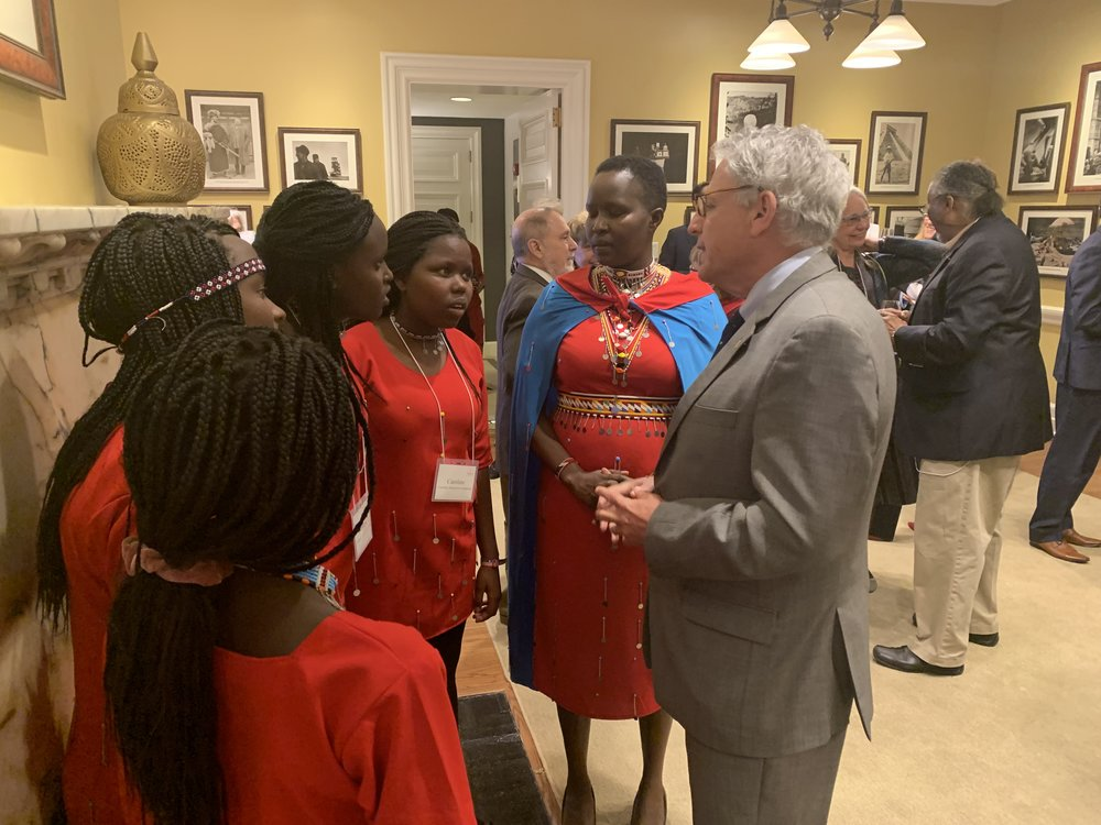 Kakenya and the girls meet long-time Kakenya's Dream supporter Gary Knell, Chairman of National Geographic Partners and former President and CEO of the National Geographic Society.