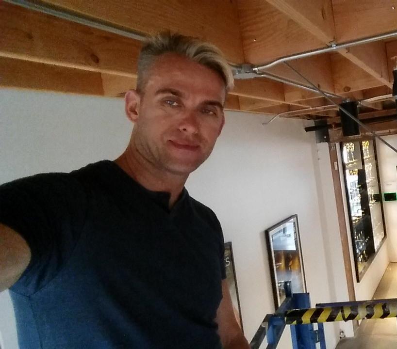 ERIK SWENSON - OWNER & LEAD DESIGNER
