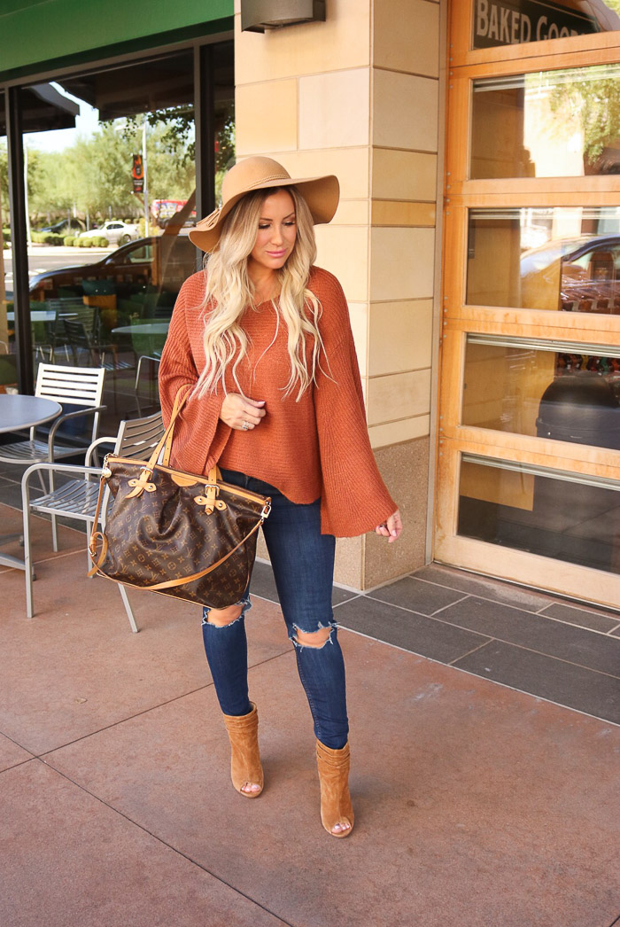 Live Love Blank Fall Style: Rustic Brown Bell Sleeve Cozy Sweater