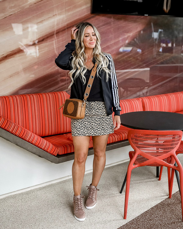 2-28-19 week ending-25.jpgLiveloveblank.com, Live Love Blank fashion blogger, Instagram Recap and OOTD week ending 02/28/19, style blogger, mom style, Scottsdale, Arizona, Outfit of the Day, OOTD