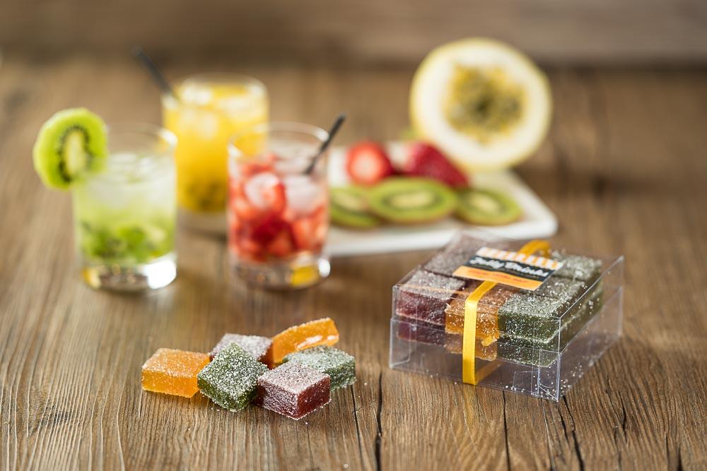 Nossas deliciosas geleias agora nos sabores caipinha de maracujá, kiwi e morango.