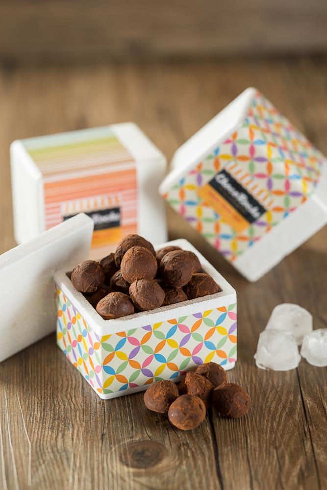 O mais puro chocolate em versão verão mini trufas geladas. Venha provar essa novidade!
