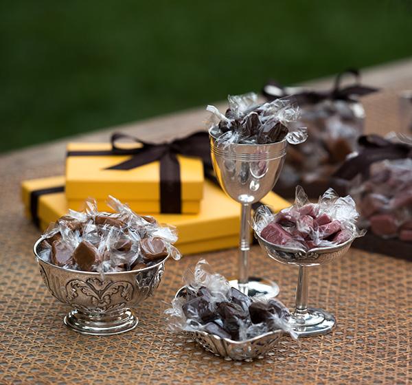 Caramelo Mou Cod. 520 - Chocolate - R$ 92 Cod. 521 - Baunilha - R$ 92 Cod. 522 - Framboesa - R$ 92