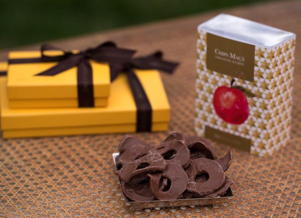 Chips de Maçã Cod. 1688 - Cobertos com chocolate ao leite - R$ 66