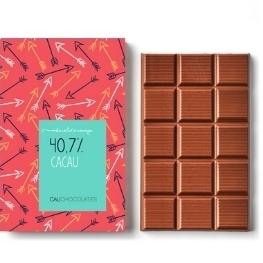 Mais puro chocolate ao leite com 40,7% de cacau - mais cacau e menos açúcar!