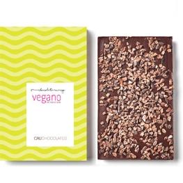 Chocolate amargo vegano com nibs de cacau