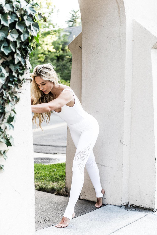 white-yoga-pants-3.jpg