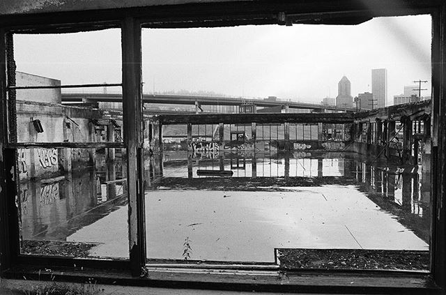 Portland 2005 Tri-x back when I had to shoot film because I didn't have any kind of digital camera.
