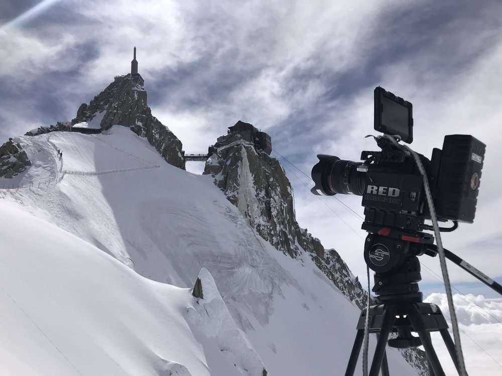 Jeff owns his own RED Epic Dragon package capable of high speed slow motion and resolutions up to 6K.  The gear list also includes professional and lighting kits.