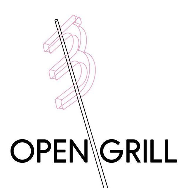 Pátek!!! Budeme tu mít v atelieru gril, hudbu, krasny lidi! Neco na opečení tu bude také, ale raději si vem i to svoje oblíbené! Začínáme v 18_00! Těšíme se #opengrill #opensoul #vulici #ztracena #olomouc #patek #mimokolektiv #atelier #designshop  mmm