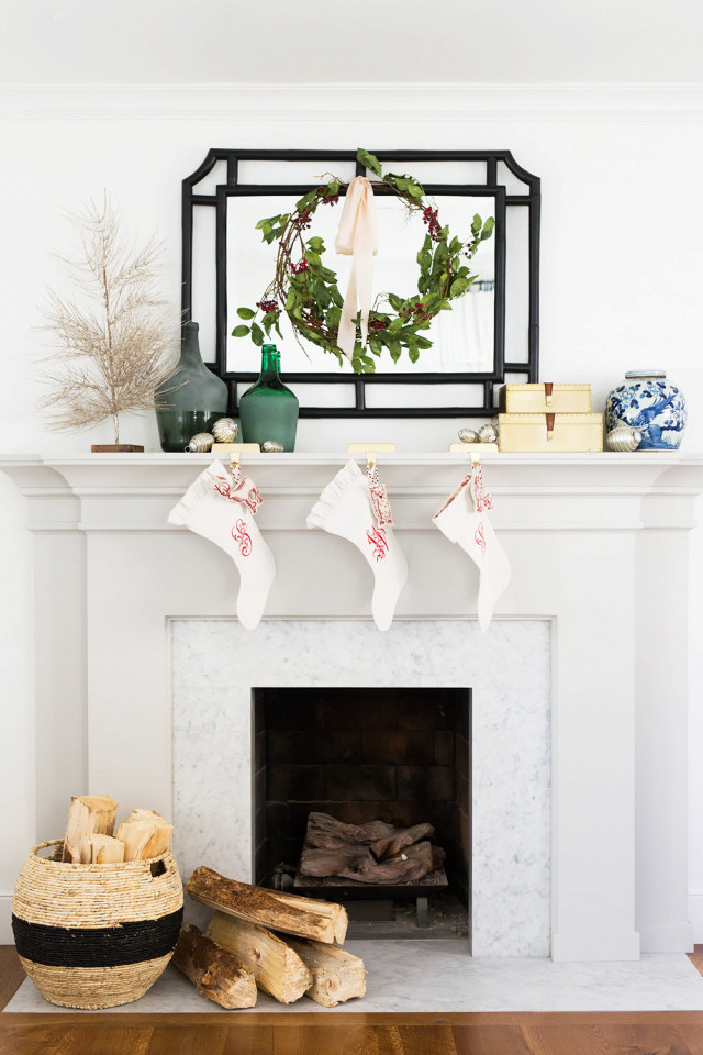 8-chic-stress-free-ways-to-decorate-for-the-holidays-2004891-1480987950.640x0c.jpg