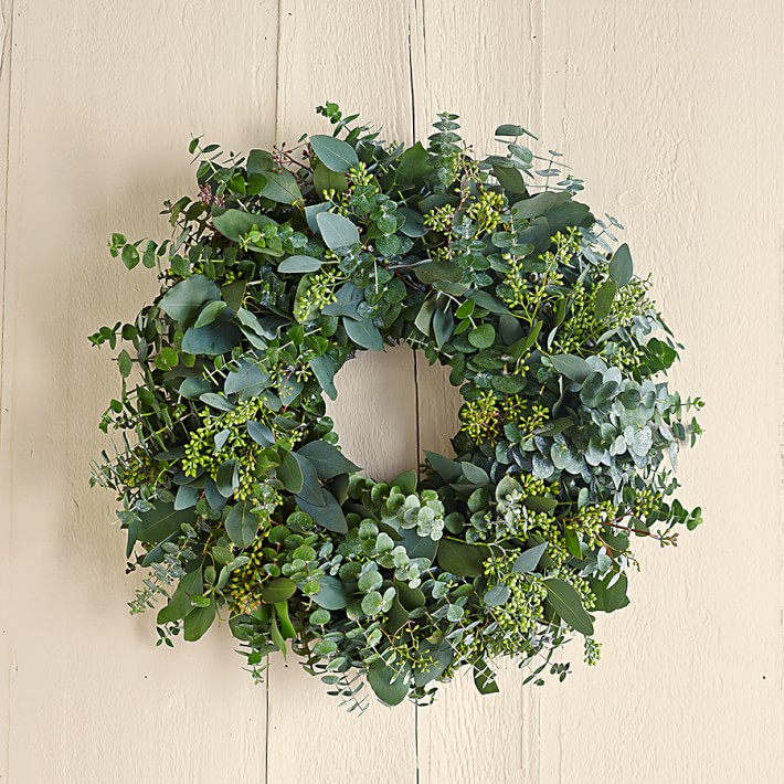 Williams Sonoma Eucalyptus Wreath