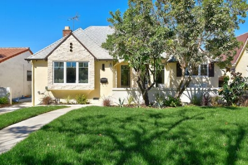821 S. Orange Dr. Los Angeles, CA 90036  Listed- $1,359,000   SOLD- $1,365,000