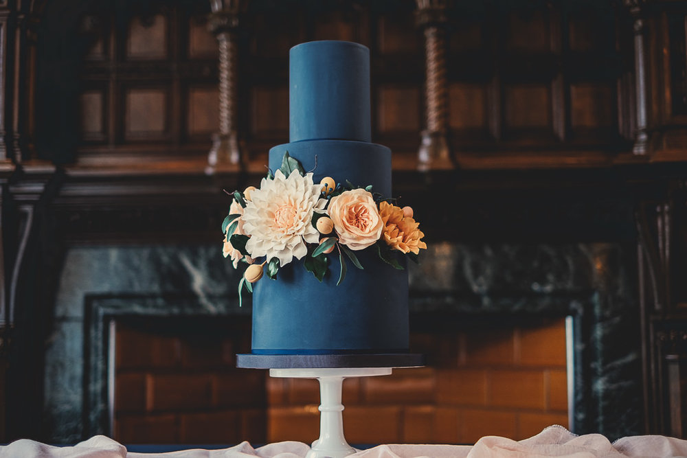 Contemporary Wedding Cake Design | Manchester Cheshire & Liverpool