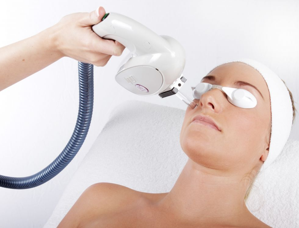 laser-and-ipl-technology-available-at-luciderm_1448630156.jpeg