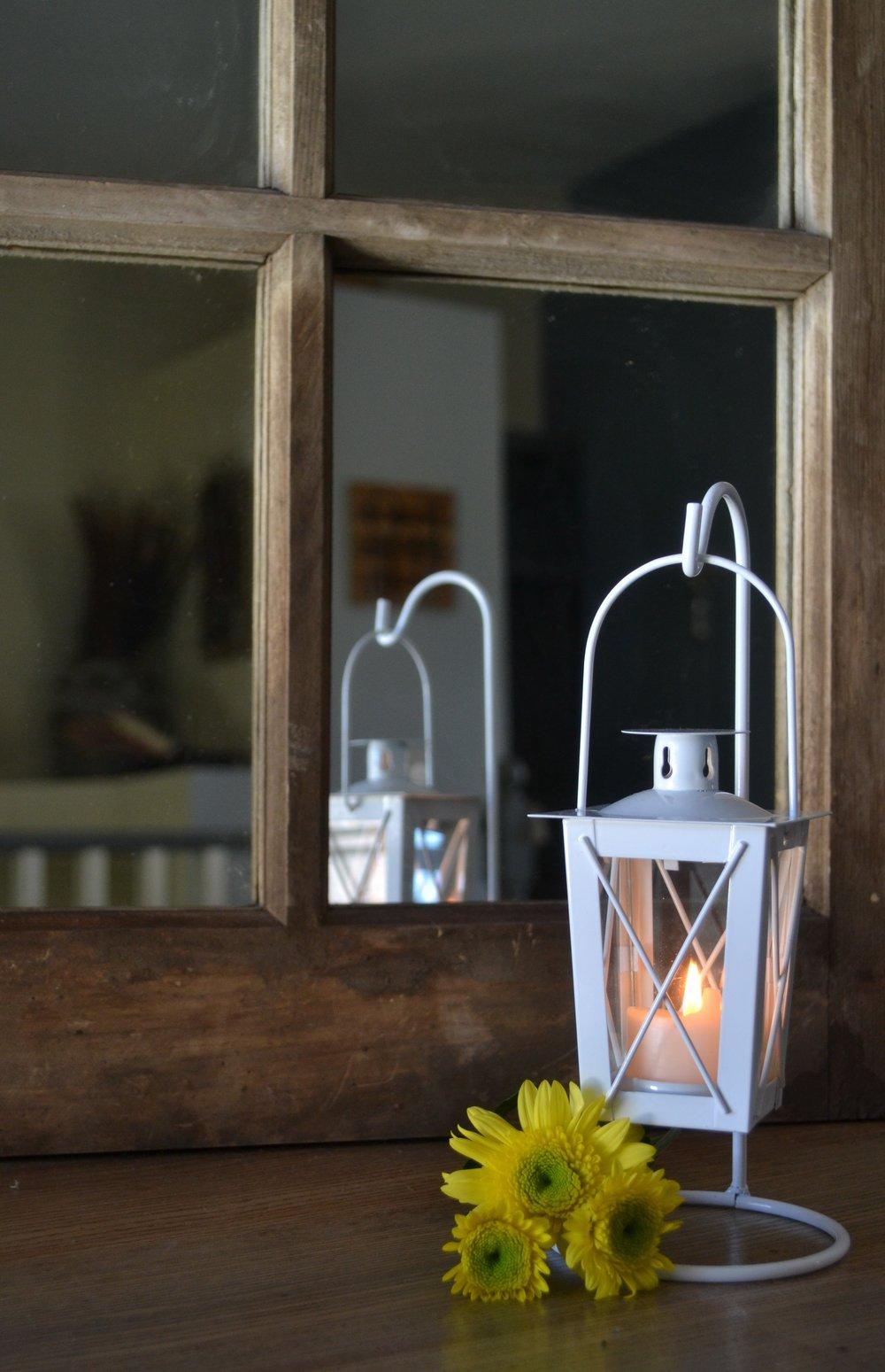 small lantern 1.jpg