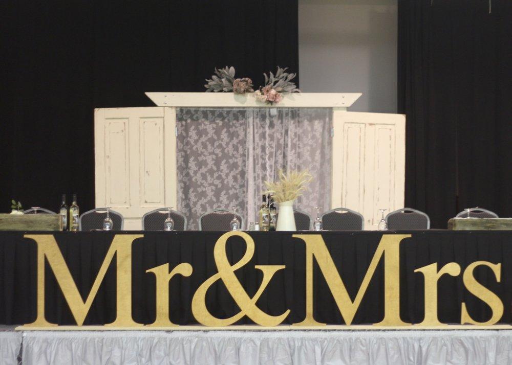 Mrs & Mrs.jpg