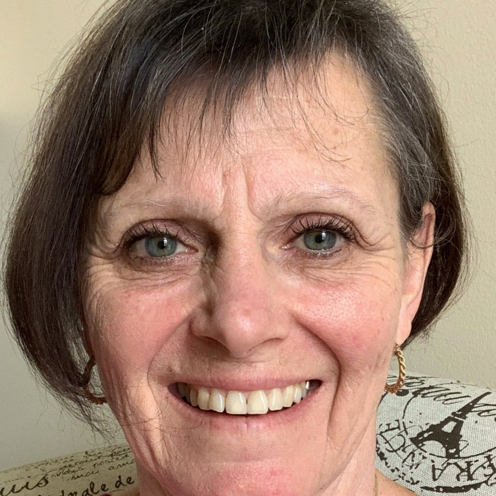 HEATHER WALLACE - Heather is a retired Elementary School teacher who has also worked in the corporate world in the U.K. She is currently serving on the Architechtural Standards Committee, Social Committee, and manages the website.