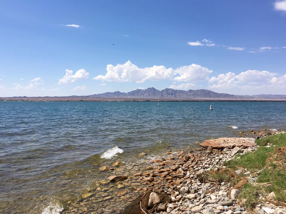 9 - Un lago. Il Lake Havasu, vera e propria oasi in mezzo al deserto.