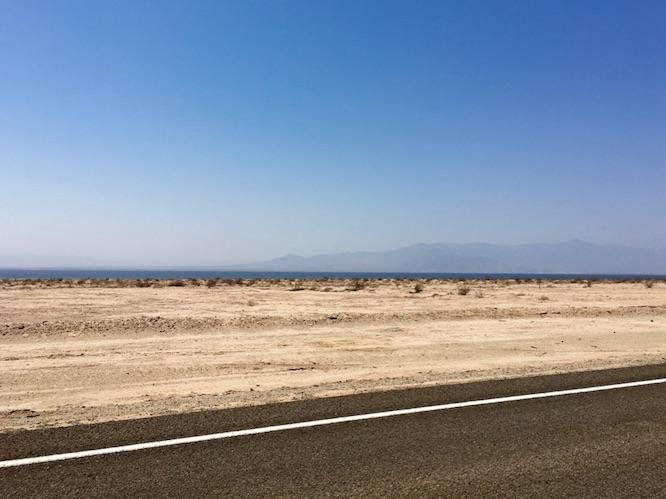 deserto-arido-roccioso.jpg