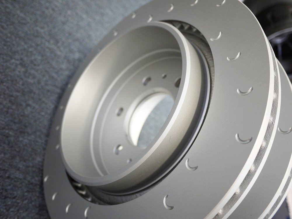 THERMAL CAPACITY - Larger and heavier duty brake discs offer greater heat mass resulting in improvements of up to 10% in disc temperature rise. The consistent and heavy duty nature of these brake discs results in longer component life as well.