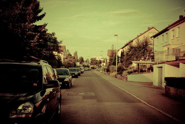 http://www.flickr.com/photos/dorianroeck/4784013487/