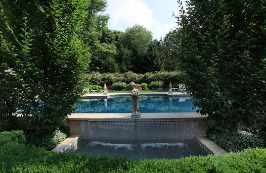 rear+fountain.jpg