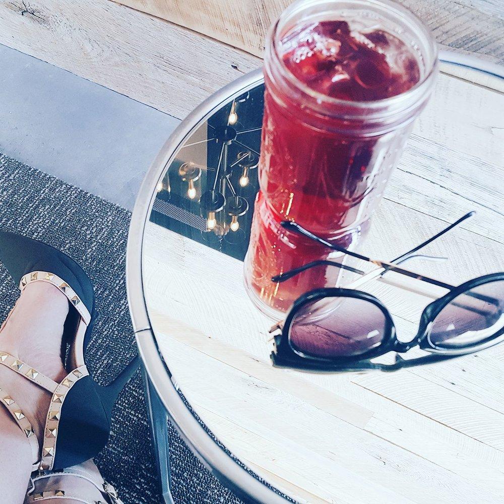 Empowering Modern Mom_Business Coffee Meetings