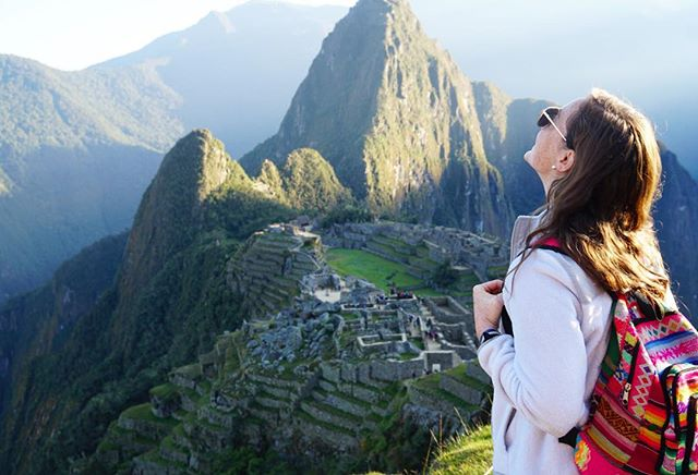 The only thing worth waking up at 3 am for: Machu Picchu at sunrise ☀️#machupicchu #aguascalientes #peru