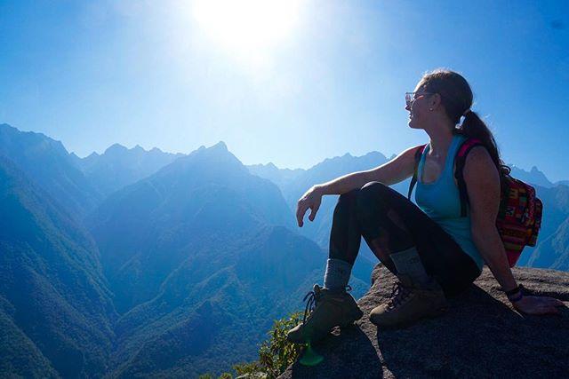 Sunrise in Machu Picchu 🌎 #machupicchu #peru #southamerica