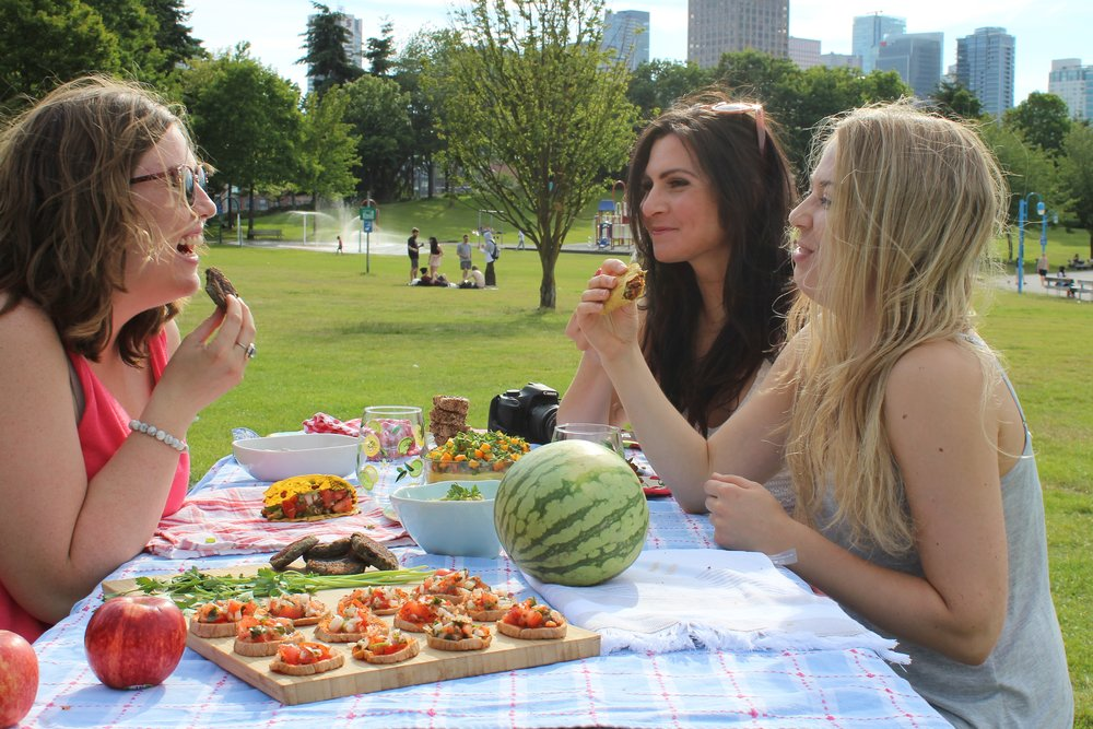 picnic shoot - group shot.JPG