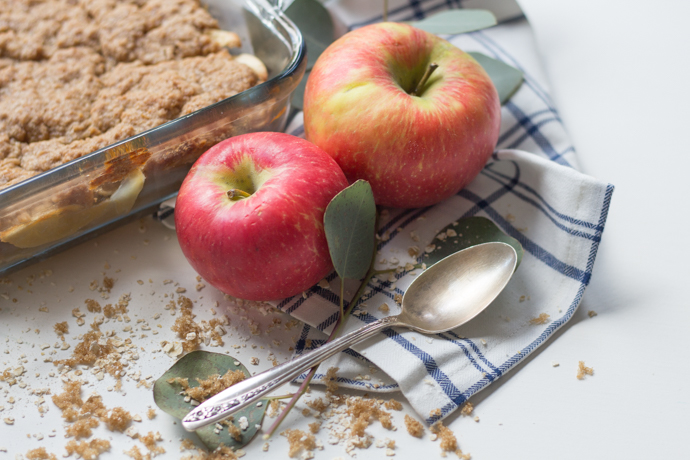 So Dressed Up Apple Crisp (6 of 17).jpg