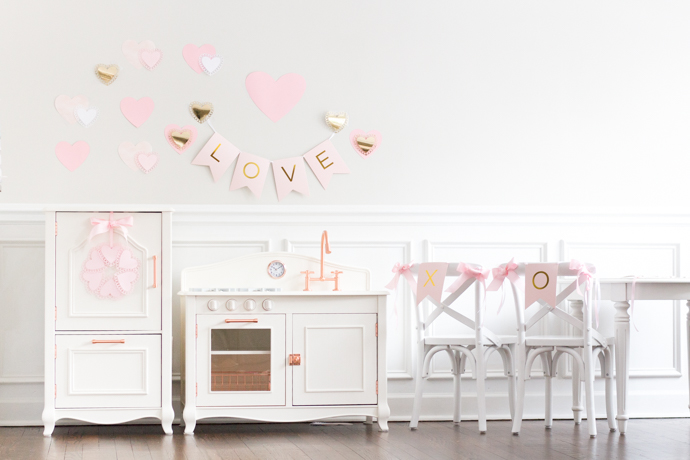 So Dressed Up Valentine's Day Decor 2018 (23 of 24).jpg