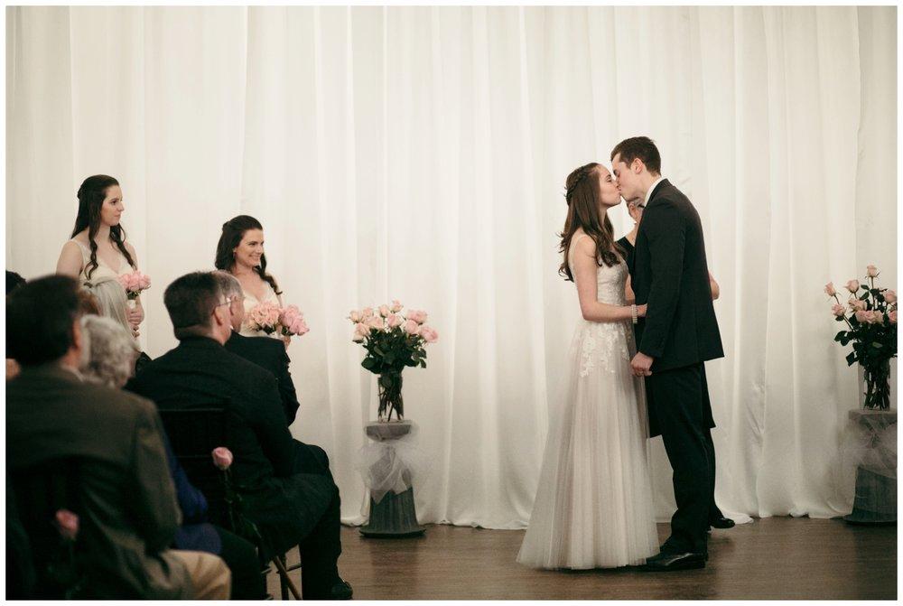 Alden-Castle-Wedding-Boston-Bailey-Q-Photo-024.jpg