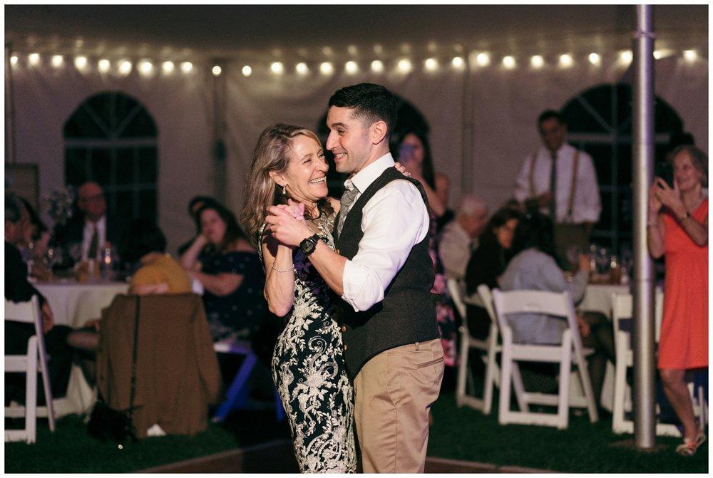 Bailey-Q-Photo-Boston-Wedding-Photographer-Larz-Anderson-Wedding-098.jpg