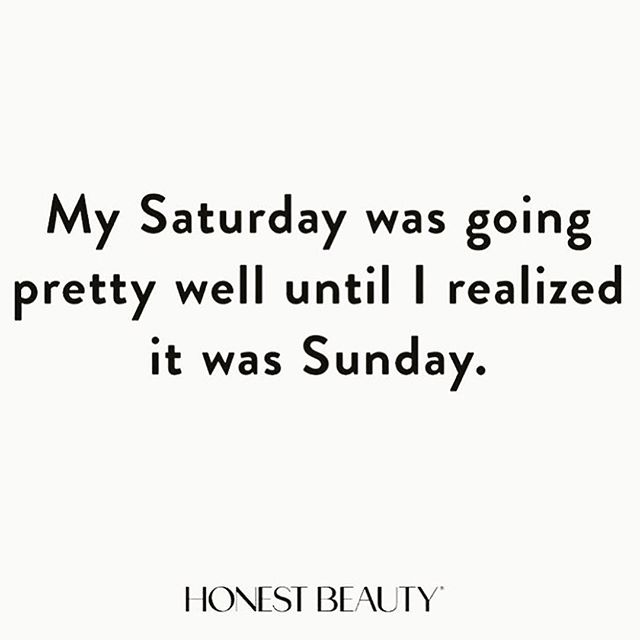 """When you realize you've only gotten one thing crossed off your """"To do"""" list all weekend and that one thing was """"Brunch with the parents"""" .... 😴🙈🙉🙊😴 #LazySunday #HowManyNapsAreUnacceptable #RainRainGoAway #HonestBeauty @honest_beauty"""