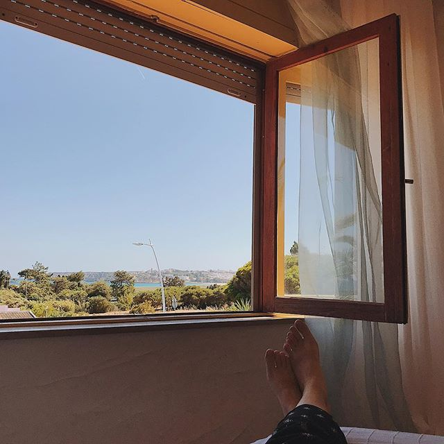 The views are terrible. 😉 So I took a nap listening to the birds and ocean waves. #TravelPregnant #NapsAreMandatory