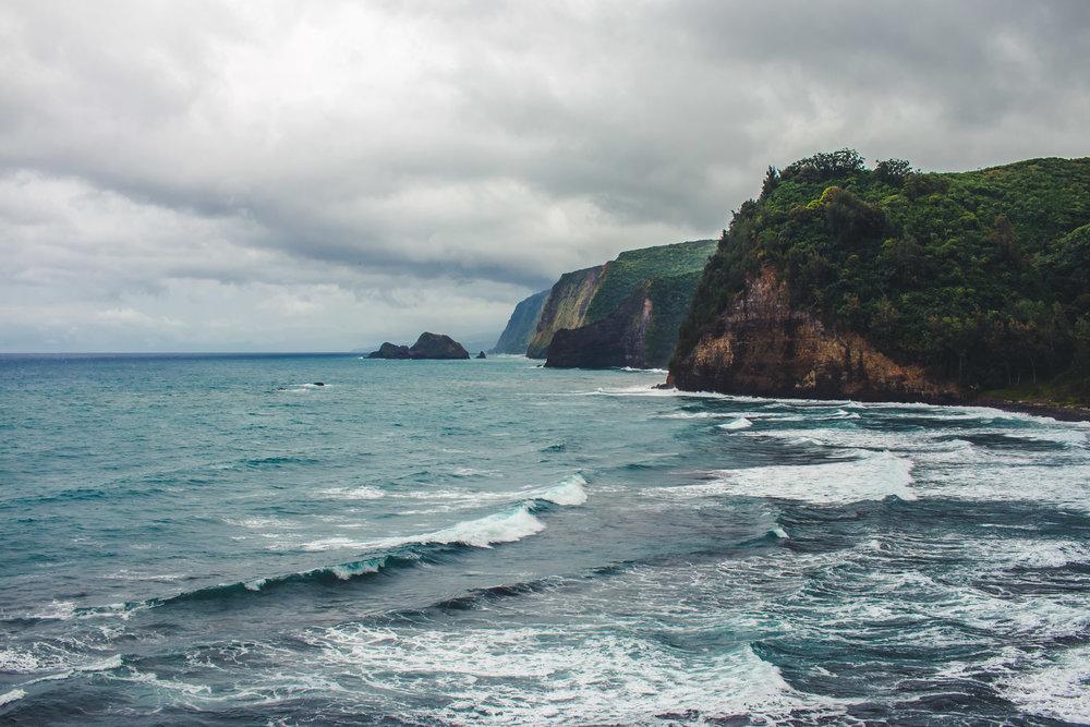 POLOLU BLACK COBBLE STONE BEACH.jpg