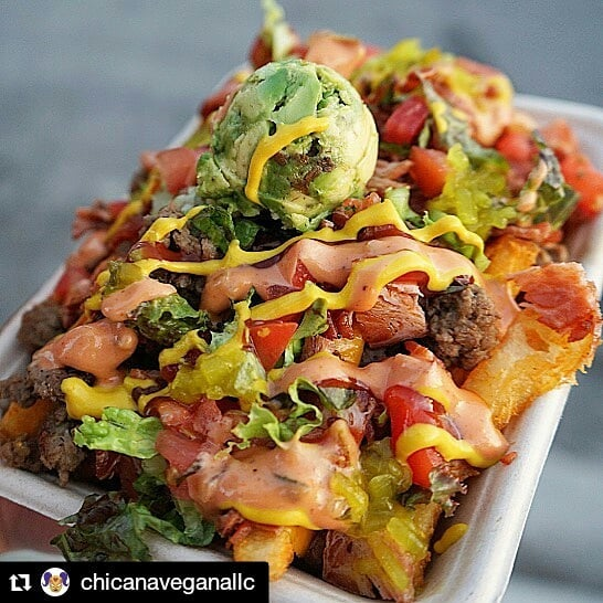#Repost  #streetstopapp  #thestreetstop  #foodtrucklife  #lafoodtrucks  #LAeats  #streetfood  #orderahead  #skiptheline  #freeapp  #linkinbio . #Repost @chicanaveganallc (@get_repost) ・・・ 🚨 NEW ITEM 🚨 Cali Burger fries are upon us ! 🚨seasoned fries, melted cheese,impossible, bacon, ketchup thousand island tomato lettuce pickles and of course a scoop of guac ! CAN YOU TASTE IT ???! #califas #chicanavegana #fries should we bring them on Sunday ???? 📸 @vegan.baee