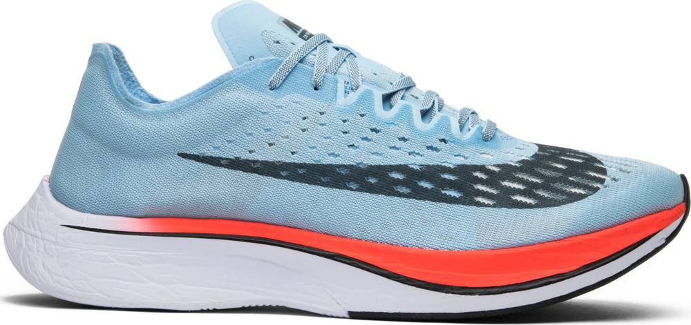 9c064c98a754 REVIEW  Nike Vaporfly 4% Flyknit — Team Setlack