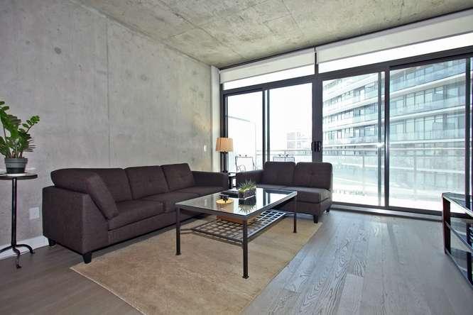 1201 Dundas Street East 412-small-004-4-Living Room-666x444-72dpi.jpg