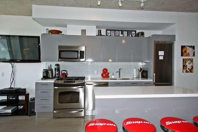 1201 Dundas Street East 412-small-012-12-Kitchen-666x444-72dpi.jpg