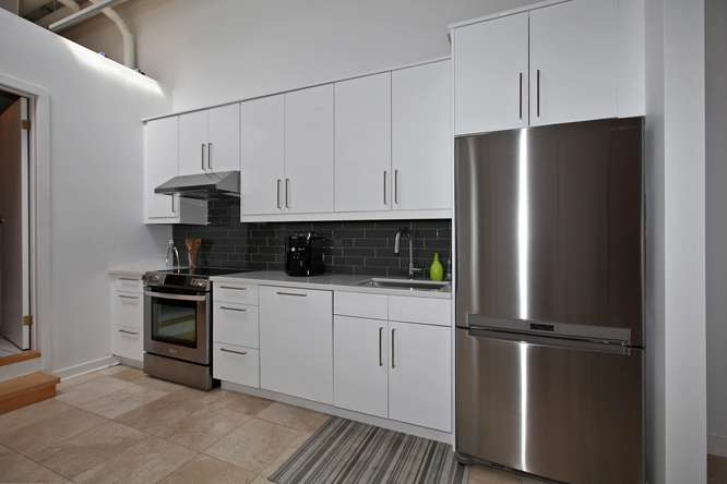 115326 Carlaw Ave Toronto ON-small-013-9-Kitchen-666x444-72dpi.jpg